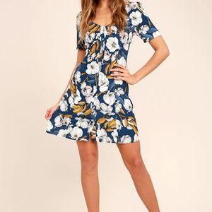 MinkPink Pacifico Tea floral dress